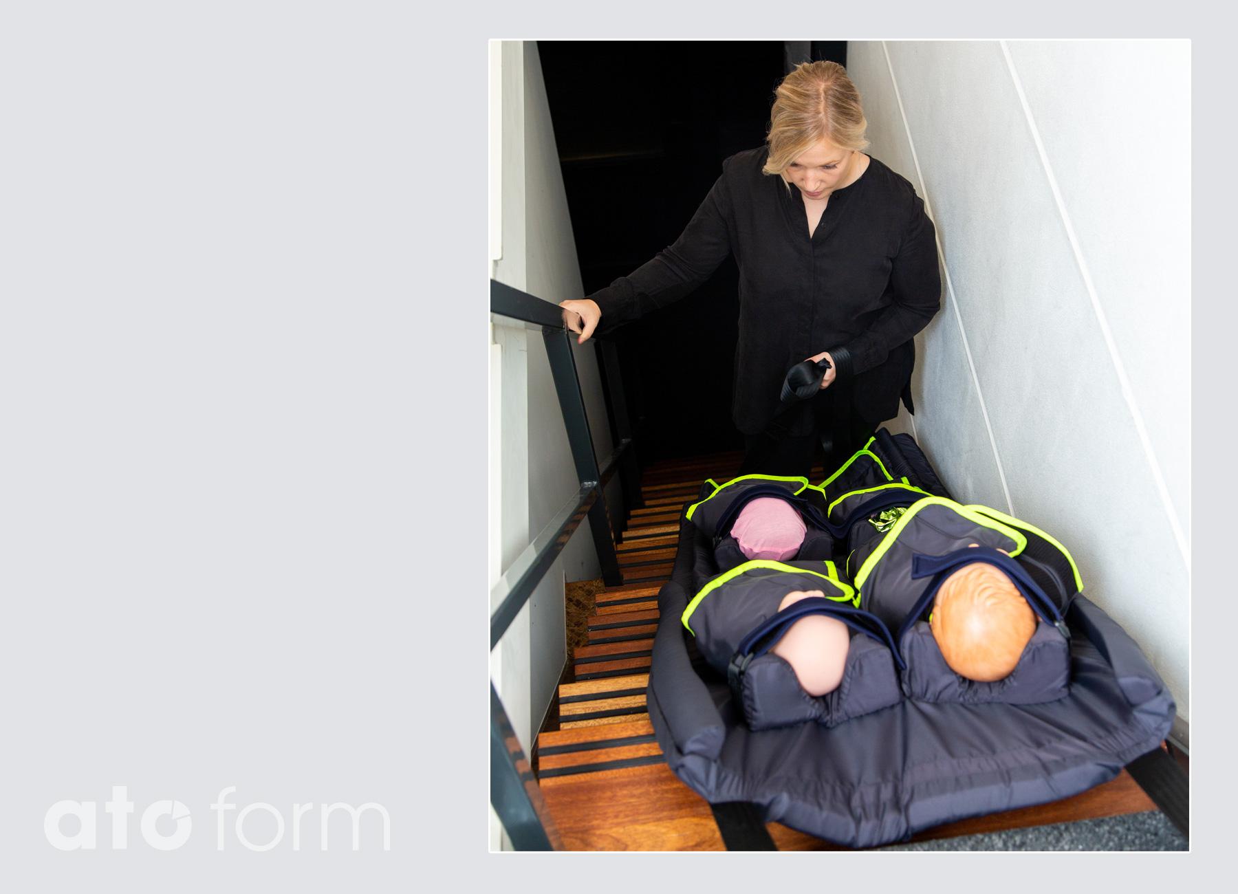 S-CapeKids Evakuierung über die Treppe