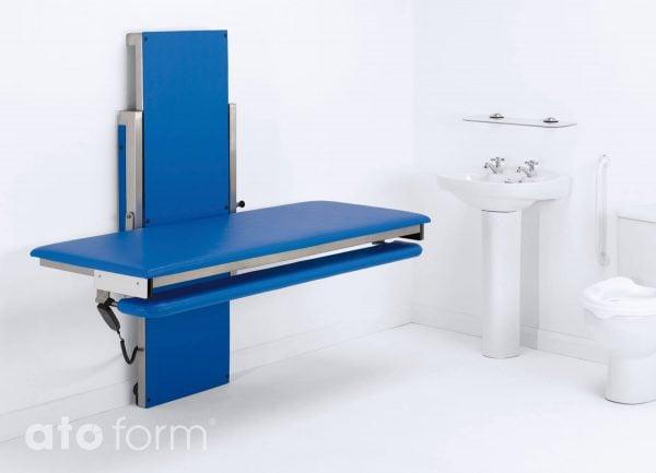 Hi-Riser Wickeltisch einfache und sichere Handhabung und Bedienung