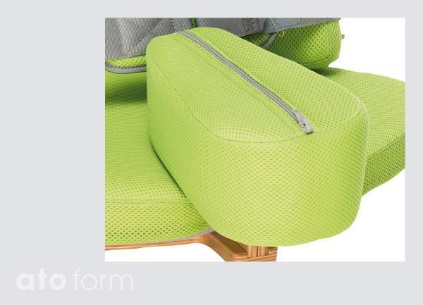 Ergonomische Form unterstützt die Sitzhaltung