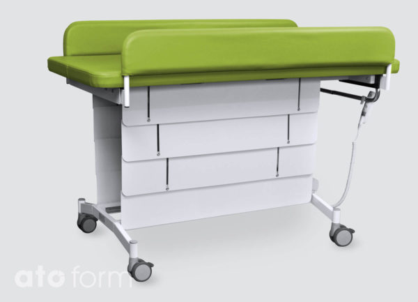 MobiCare – the side guards can be folded up easily with one hand